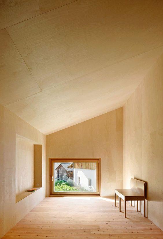 Giá ván ép làm trần nhà
